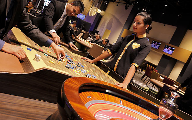 The main floor of the Tiger Palace casino in Bhairahawa will take your breath away with the majesty of its opulent decor. Hunt for jackpots on over 200 electronic gaming machines.